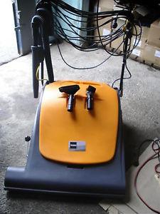 aspirateur pour grande surface