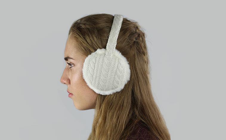 cache oreille tricot