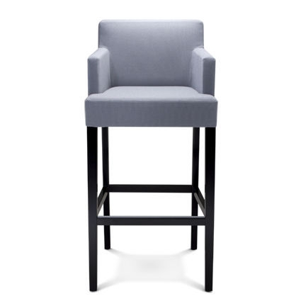chaise haute avec accoudoir