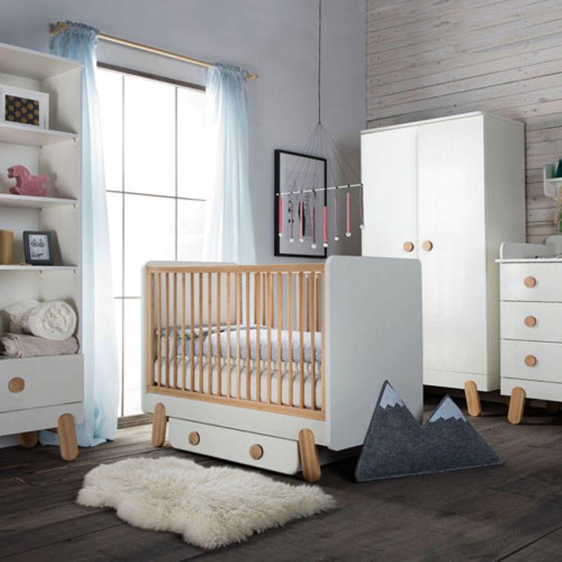 chambre bebe bois blanc