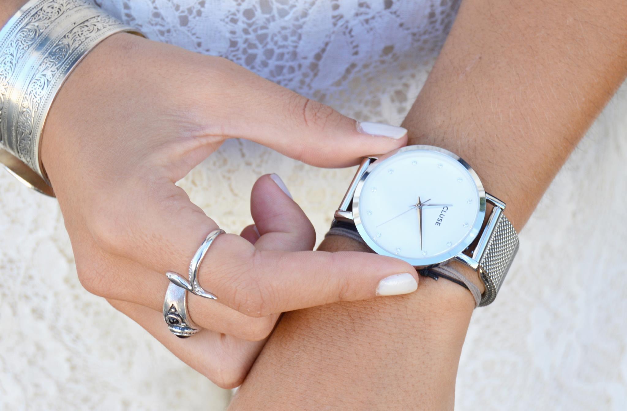 changer bracelet montre cluse