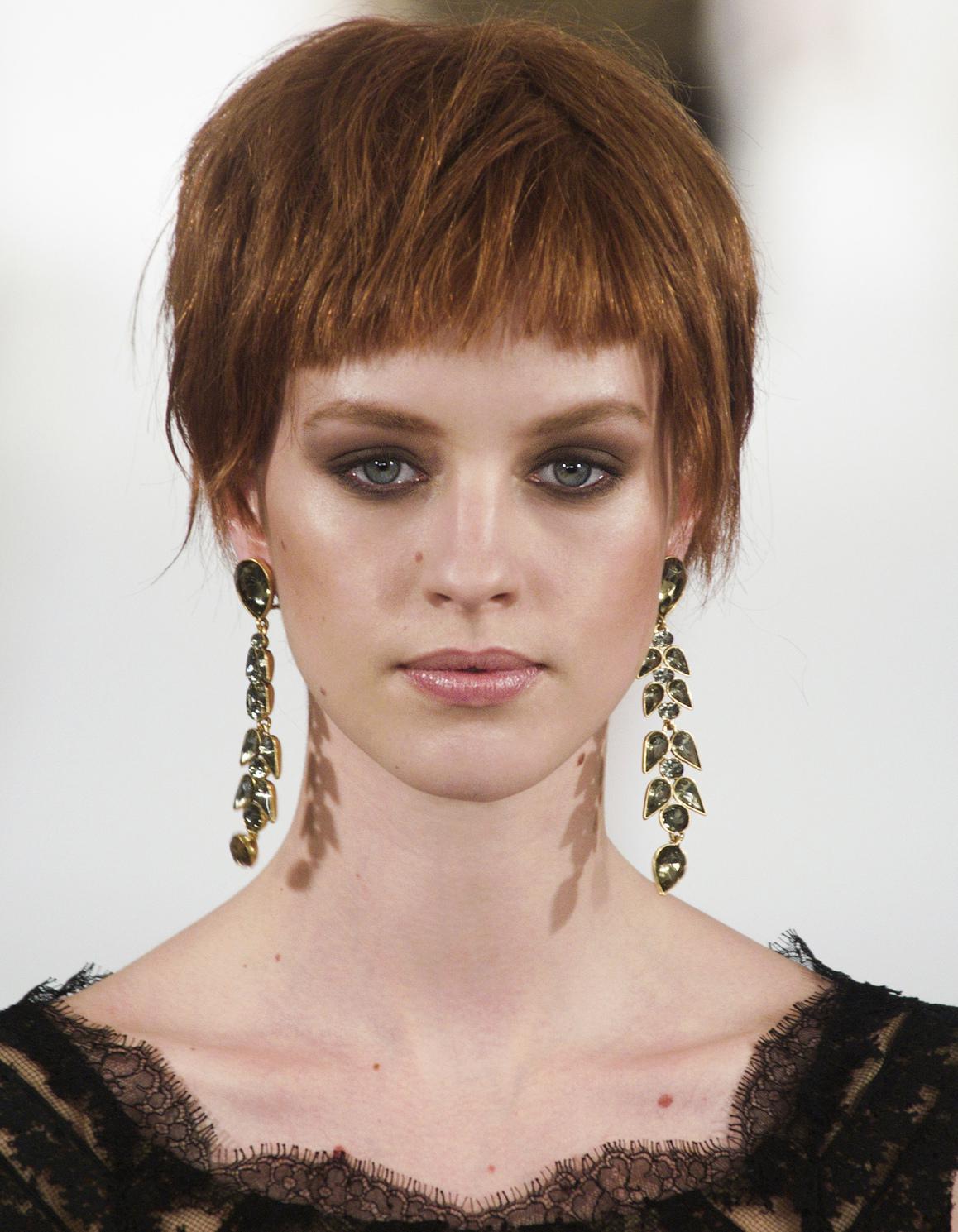 cheveux court frange